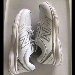 NWT New Balance 411 Women's White Leather Sneakers